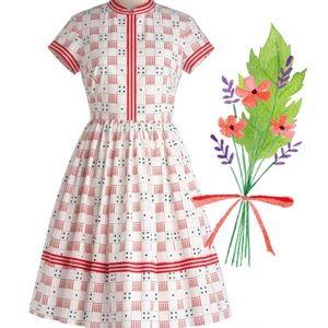 Rare! Modcloth Bea  Dot Just Roll w/ It Dress L